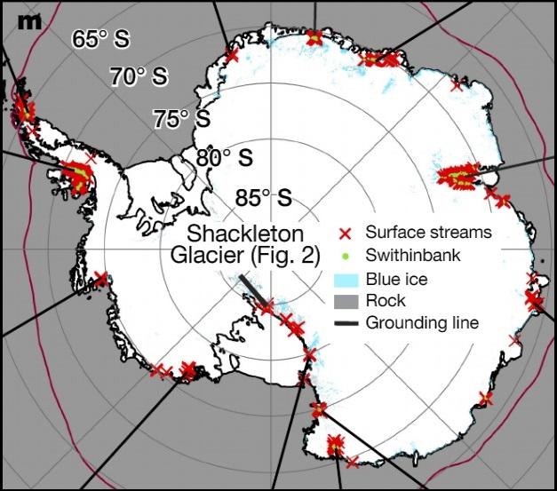 南極にできた川・滝